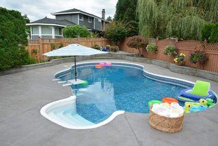 Photo 2: 12484 204 Street in Maple Ridge: Northwest Maple Ridge House for sale : MLS®# R2103000