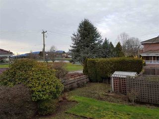 Photo 4: 4203 KITCHENER Street in Burnaby: Willingdon Heights House for sale (Burnaby North)  : MLS®# R2136045