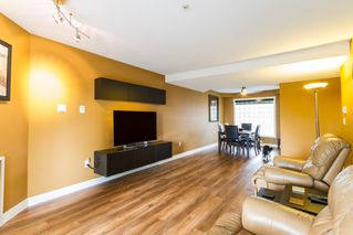 "Photo 4: 309 11519 BURNETT Street in Maple Ridge: East Central Condo for sale in ""STANFORD GARDENS"" : MLS®# R2136390"