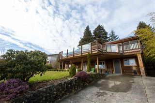 Photo 3: 561 ABBS Road in Gibsons: Gibsons & Area House for sale (Sunshine Coast)  : MLS®# R2144785