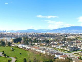"Photo 1: PH 2301 4425 HALIFAX Street in Burnaby: Brentwood Park Condo for sale in ""POLARIS"" (Burnaby North)  : MLS®# R2153389"