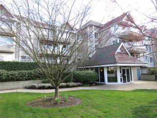 """Photo 1: 203 5556 201A Street in Langley: Langley City Condo for sale in """"MICHAUD GARDENS"""" : MLS®# R2153559"""