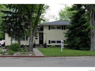 Photo 1: 1544 UHRICH Avenue in Regina: Hillsdale Single Family Dwelling for sale (Regina Area 05)  : MLS®# 611400