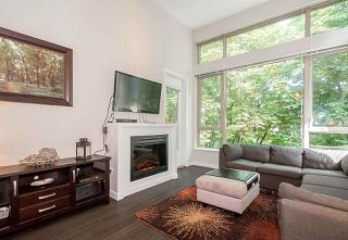 Photo 8: 409 159 W 22ND Street in North Vancouver: Central Lonsdale Condo for sale : MLS®# R2184473