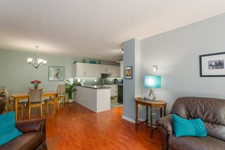 """Photo 9: T3207 3980 CARRIGAN Court in Burnaby: Government Road Townhouse for sale in """"DISCOVERY PLACE"""" (Burnaby North)  : MLS®# R2196843"""
