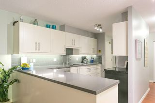 """Photo 4: T3207 3980 CARRIGAN Court in Burnaby: Government Road Townhouse for sale in """"DISCOVERY PLACE"""" (Burnaby North)  : MLS®# R2196843"""