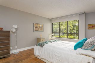 """Photo 11: T3207 3980 CARRIGAN Court in Burnaby: Government Road Townhouse for sale in """"DISCOVERY PLACE"""" (Burnaby North)  : MLS®# R2196843"""