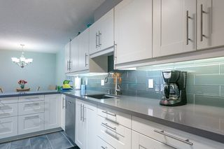 """Photo 2: T3207 3980 CARRIGAN Court in Burnaby: Government Road Townhouse for sale in """"DISCOVERY PLACE"""" (Burnaby North)  : MLS®# R2196843"""