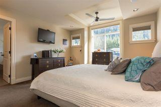 "Photo 12: 41723 HONEY Lane in Squamish: Brackendale House 1/2 Duplex for sale in ""Honey Lane"" : MLS®# R2210850"