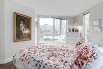 """Photo 14: 605 907 BEACH Avenue in Vancouver: Yaletown Condo for sale in """"Coral Collr 7"""" (Vancouver West)  : MLS®# R2218932"""