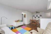 """Photo 6: 605 907 BEACH Avenue in Vancouver: Yaletown Condo for sale in """"Coral Collr 7"""" (Vancouver West)  : MLS®# R2218932"""