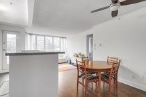 """Photo 7: 605 907 BEACH Avenue in Vancouver: Yaletown Condo for sale in """"Coral Collr 7"""" (Vancouver West)  : MLS®# R2218932"""