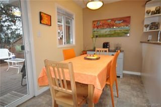 Photo 17: 3167 Ayton Pl in VICTORIA: La Glen Lake Half Duplex for sale (Langford)  : MLS®# 774282