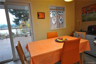 Photo 15: 3167 Ayton Pl in VICTORIA: La Glen Lake Half Duplex for sale (Langford)  : MLS®# 774282