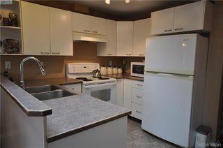 Photo 8: 3167 Ayton Place in VICTORIA: La Glen Lake Strata Duplex Unit for sale (Langford)  : MLS®# 385341