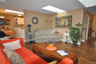 Photo 7: 3167 Ayton Place in VICTORIA: La Glen Lake Strata Duplex Unit for sale (Langford)  : MLS®# 385341
