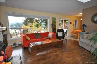 Photo 6: 3167 Ayton Place in VICTORIA: La Glen Lake Strata Duplex Unit for sale (Langford)  : MLS®# 385341