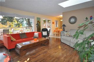 Photo 13: 3167 Ayton Place in VICTORIA: La Glen Lake Strata Duplex Unit for sale (Langford)  : MLS®# 385341