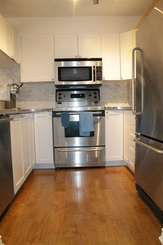 """Photo 9: 206 838 W 16TH Avenue in Vancouver: Cambie Condo for sale in """"WILLOW SPRINGS"""" (Vancouver West)  : MLS®# R2222153"""