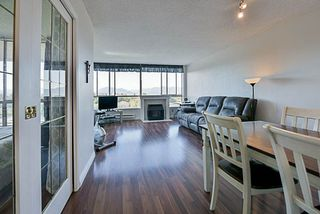 "Photo 4: 1206 14881 103A Avenue in Surrey: Guildford Condo for sale in ""Sunwest Estates"" (North Surrey)  : MLS®# R2223790"