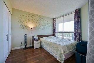 "Photo 14: 1206 14881 103A Avenue in Surrey: Guildford Condo for sale in ""Sunwest Estates"" (North Surrey)  : MLS®# R2223790"