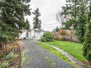 Photo 17: 76 Hampton Rd in VICTORIA: SW Tillicum Single Family Detached for sale (Saanich West)  : MLS®# 775399