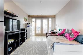 Photo 5:  in Vancouver: Home for sale : MLS®# r2182709