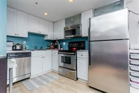 Photo 2:  in Vancouver: Home for sale : MLS®# r2182709