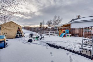 Photo 15: 111 ERIN RIDGE Road SE in Calgary: Erin Woods House for sale : MLS®# C4162823