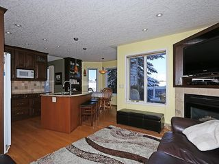 Photo 10: 80 SCENIC Gardens NW in Calgary: Scenic Acres House for sale : MLS®# C4165304