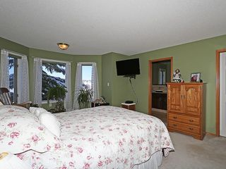 Photo 19: 80 SCENIC Gardens NW in Calgary: Scenic Acres House for sale : MLS®# C4165304