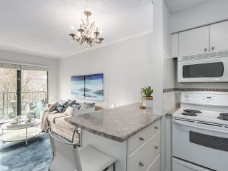 "Photo 6: 307 2120 W 2ND Avenue in Vancouver: Kitsilano Condo for sale in ""ARBUTUS PLACE"" (Vancouver West)  : MLS®# R2240959"