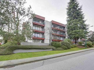 "Photo 13: 307 2120 W 2ND Avenue in Vancouver: Kitsilano Condo for sale in ""ARBUTUS PLACE"" (Vancouver West)  : MLS®# R2240959"