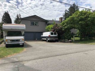 Photo 2: 33252 PLAXTON Crescent in Abbotsford: Central Abbotsford House for sale : MLS®# R2272695
