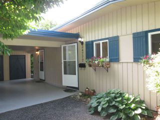 """Photo 3: 34777 MT. BLANCHARD Drive in Abbotsford: Abbotsford East House for sale in """"Ten Oaks"""" : MLS®# R2274606"""