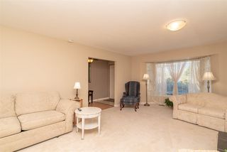 "Photo 5: 15542 98A Avenue in Surrey: Guildford House for sale in ""Briarwood"" (North Surrey)  : MLS®# R2303432"