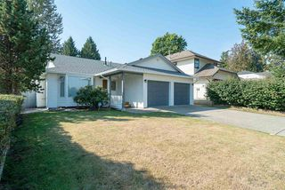 "Photo 1: 15542 98A Avenue in Surrey: Guildford House for sale in ""Briarwood"" (North Surrey)  : MLS®# R2303432"