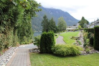 "Photo 18: 8 21293 LAKEVIEW Crescent in Hope: Hope Kawkawa Lake House for sale in ""KAWKAWA LAKESIDE"" : MLS®# R2308438"