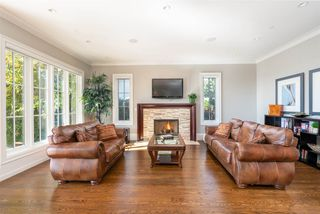 Photo 5: 1075 GROVELAND Road in West Vancouver: British Properties House for sale : MLS®# R2312081