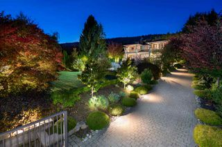Photo 3: 1075 GROVELAND Road in West Vancouver: British Properties House for sale : MLS®# R2312081