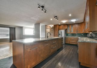 Photo 3: 3606 AZALEA Close in Abbotsford: Abbotsford East House for sale : MLS®# R2311893