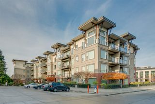 """Photo 19: 402 33538 MARSHALL Road in Abbotsford: Central Abbotsford Condo for sale in """"THE CROSSING"""" : MLS®# R2324427"""