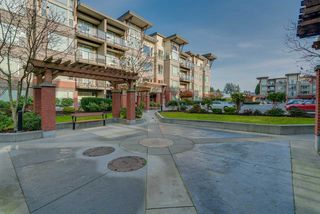 """Photo 20: 402 33538 MARSHALL Road in Abbotsford: Central Abbotsford Condo for sale in """"THE CROSSING"""" : MLS®# R2324427"""
