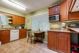 Photo 3: 20488 88A Avenue in Langley: Walnut Grove House for sale : MLS®# R2325772
