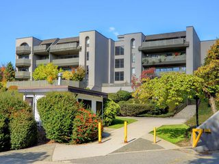 Photo 11: 407 4941 LOUGHEED Highway in Burnaby: Brentwood Park Condo for sale (Burnaby North)  : MLS®# R2331815