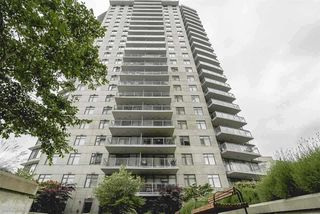 """Main Photo: 2309 898 CARNARVON Street in New Westminster: Downtown NW Condo for sale in """"AZURE 1"""" : MLS®# R2332810"""