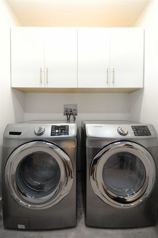 Photo 16: 7611 110 Street in Edmonton: Zone 15 House Half Duplex for sale : MLS®# E4144039