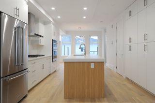 Photo 8: 7611 110 Street in Edmonton: Zone 15 House Half Duplex for sale : MLS®# E4144039