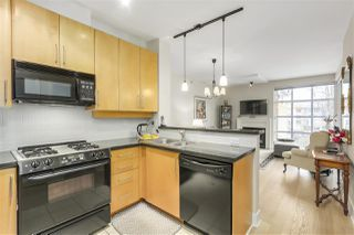 Photo 4: 411 2655 CRANBERRY Drive in Vancouver: Kitsilano Condo for sale (Vancouver West)  : MLS®# R2343223