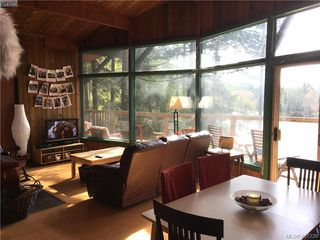 Photo 4: 47325 Schooner Way in PENDER ISLAND: GI Pender Island Single Family Detached for sale (Gulf Islands)  : MLS®# 407226